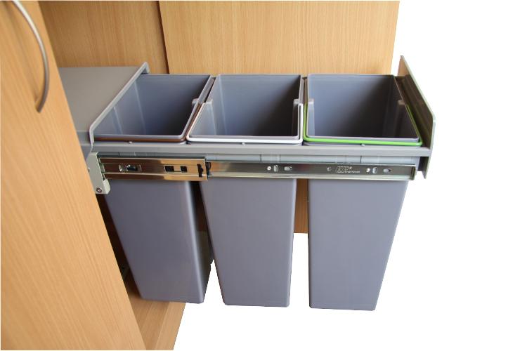 Wysuwany Kosz Do Segregacji Odpadów 3x10 L